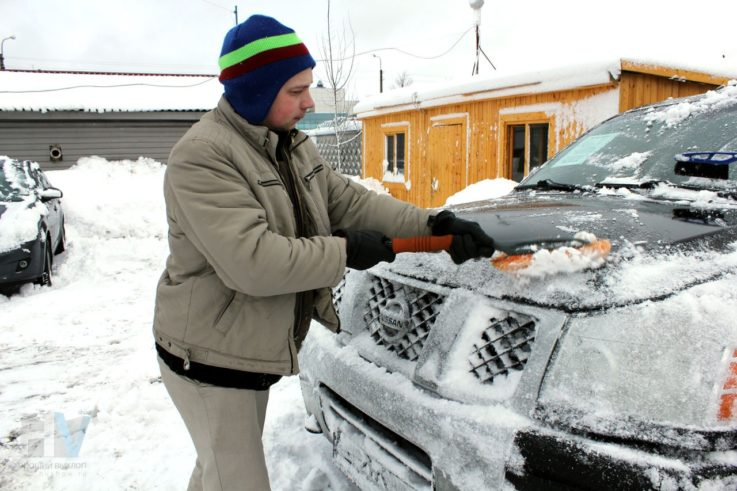 Щетка для снега