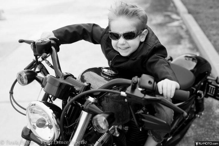 С какого возраста можно управлять мотоциклом?