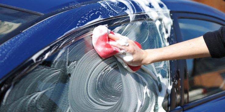 Как правильно мыть машину на мойке самообслуживания?
