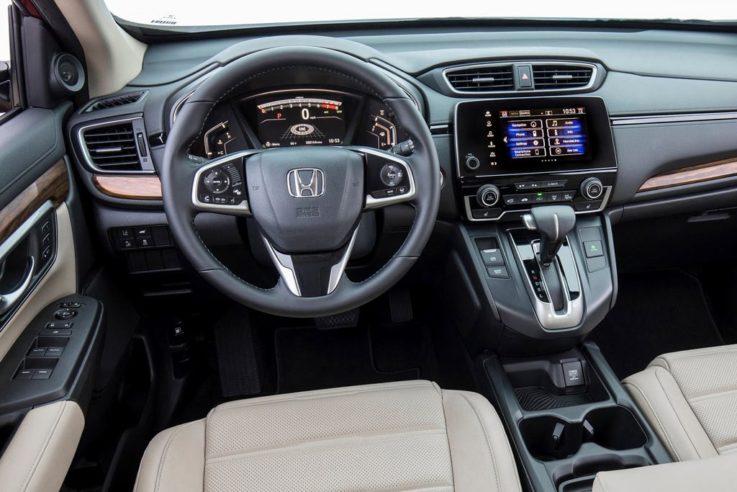 Оснащение салона Honda CR-V
