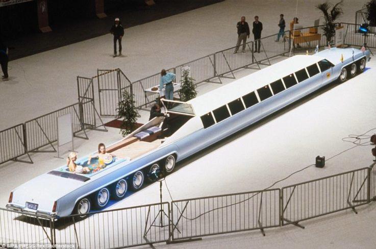 Лимузин длиной в 30 метров