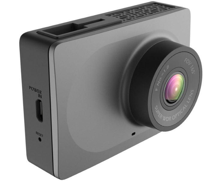 Модель YI Smart Dash Camera