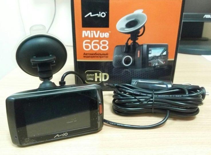 Комплектация Mio MiVue 668