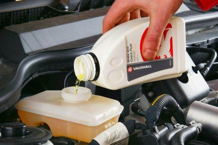 Когда менять тормозную жидкость?